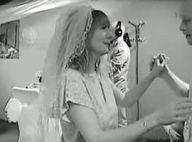 Estelle Denis : Mariée à Las Vegas, elle a enfin dit ''oui'' !