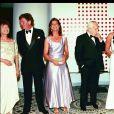 Caroline de Hanovre, le prince Rainier, Stéphanie et Albert de Monaco au Bal de la Croix-Rouge, le 4 août 2000.
