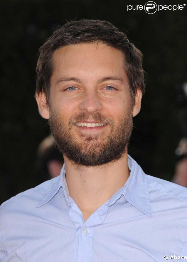 Tobey Maguire - Wallpaper Gallery