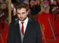 Robert Pattinson : Barbu sexy à Berlin au côté de Dane DeHaan amoureux