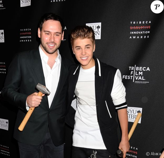 Scooter Braun et Justin Bieber à New York, le 21 avril 2012.