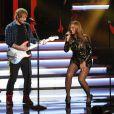 """Ed Sheeran et Beyoncé se produisent au Nokia Theatre L.A. Live lors du concert """"Stevie Wonder: Songs In The Key Of Life - An All-Star Grammy Salute"""" en hommage à Stevie Wonder. Los Angeles, le 10 février 2015."""