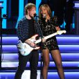 "Ed Sheeran et Beyoncé se produisent au Nokia Theatre L.A. Live lors du concert ""Stevie Wonder: Songs In The Key Of Life - An All-Star Grammy Salute"" en hommage à Stevie Wonder. Los Angeles, le 10 février 2015."