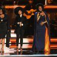 """Jill Scott, Janelle Monae et India.Arie se produisent au Nokia Theatre L.A. Live lors du concert """"Stevie Wonder: Songs In The Key Of Life - An All-Star Grammy Salute"""" en hommage à Stevie Wonder. Los Angeles, le 10 février 2015."""
