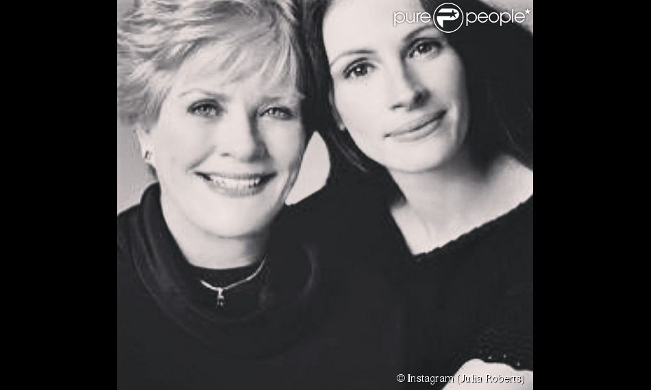 Julia Roberts et sa mère Betty Lou. (photo postée le 11 mai 2014).