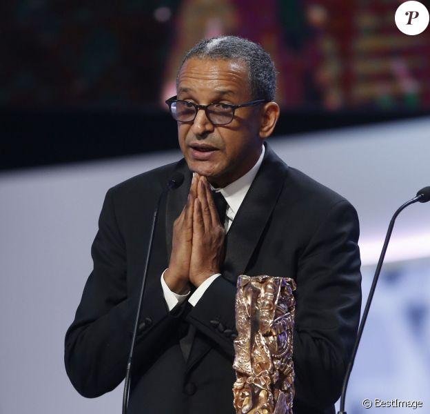 """Abderrahmane Sissako (césar du meilleur réalisateur pour le film """"Timbuktu"""") - 40e cérémonie des César au théâtre du Châtelet à Paris, le 20 février 2015."""