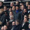 Louis Bertignac et sa compagne Laeticia, Sonia Rolland et son mari Jalil Lespert, Richard Anconina, Bruce Toussaint - People au quart de finale de la Coupe de France de football entre le PSG et l'AS Monaco (2-0) au Parc des Princes à Paris le 4 mars 2015.