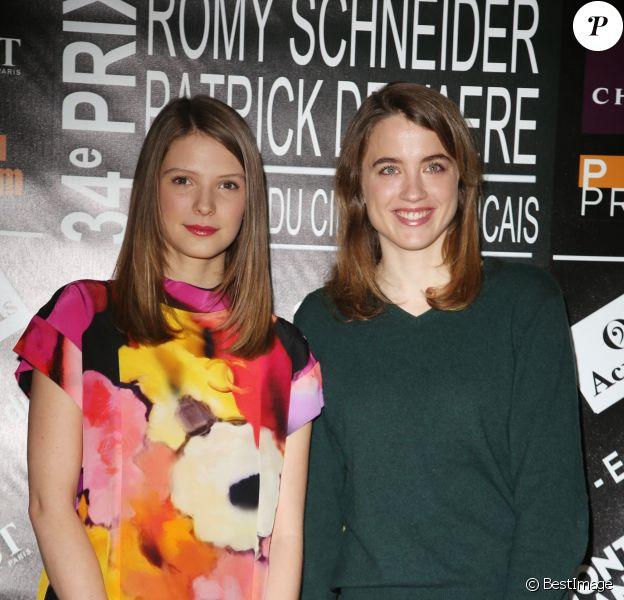Joséphine Japy et Adèle Haenel - Conférence de presse des nominations des Prix Patrick Dewaere et Romy Schneider au Sofitel Paris le Faubourg à Paris le 9 mars 2015