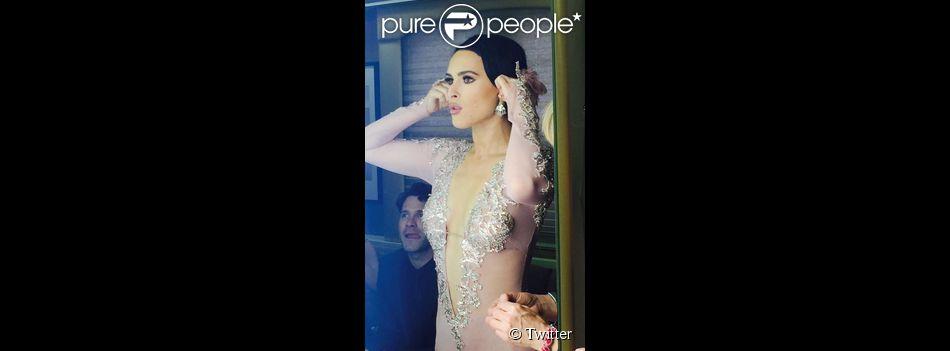 Demi Moore a ajouté une photo de sa fille Rumer tandis qu'elle participe à l'émission Dancing With The Stars, sur Twitter le 16 mars 2015