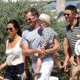 Neil Patrick Harris, son mari David Burkta et leurs enfants les jumeaux, Gideon Scott et Harper Grace à Saint-Tropez le 9 août 2013