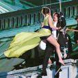 """Rebecca Ferguson et Tom Cruise sur le tournage du film """"Mission Impossible 5"""" à l'opéra à Vienne, le 23 août 2014."""