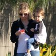 """"""" Exclusif - Sarah Michelle Gellar et son fils Rocky Prinze dans les rues de Santa Monica, le 27 janvier 2015  """""""