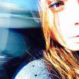 Nabilla dans un train, sur Instagram, le 4 mars 2015