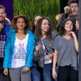 Les Enfoirés , lors de leur interprétation de Toute la vie, le vendredi 13 mars 2015 sur TF1.