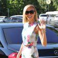 """Giuliana Rancic participe à l'émission """"Extra"""" aux Studios Universal à Universal City, le 29 septembre 2014."""