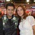 La journaliste Mélissa Theuriau et Jamel Debbouze dans  Vivement Dimanche , émission du 29 mars 2015