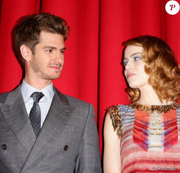 """Andrew Garfield et Emma Stone - Première du film """"The Amazing Spider-Man : Le destin d'un héros"""" à Berlin. Le 15 avril 2014"""