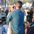 "Kate Bosworth et son mari Michael Polish au 2ème jour du Festival ""Coachella Valley Music and Arts"" à Indio, le 11 avril 2015"