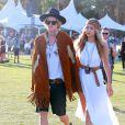 """Gigi Hadid et son petit ami Cody Simpson au 3ème jour du Festival de """"Coachella Valley Music and Arts"""" à Indio, le 11 avril 2015"""