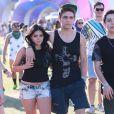 """Ariel Winter et son compagnon Laurent Claude Gaudette au 3ème jour du Festival de """"Coachella Valley Music and Arts"""" à Indio, le 11 avril 2015"""