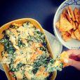 Chrissy Teigen adore montrer ses talents de cuisinière sur Instagram, le 13 avril 2015