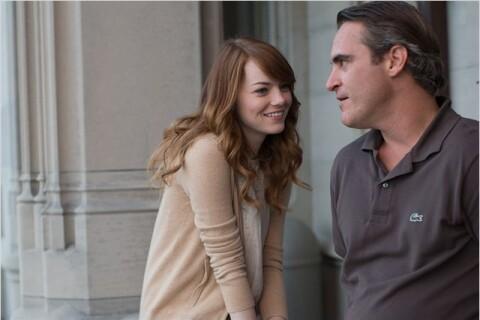 Emma Stone s'éprend de Joaquin Phoenix, un ''homme irrationnel''