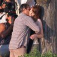 Exclusif - Joaquin Phoenix et Emma Stone s'embrassent sur le dernier film de Woody Allen dans le connecticut le 31 juillet 2014.