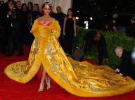 Met Gala 2015 : Rihanna, star de la soirée, un look déjà culte !