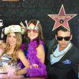 Sofia Vergara fête son étoile sur Hollywood Boulevard avec les membres de sa famille, son fils, sa nièce et son fiancé Joe Manganiello. Sur Instagram, photo en date du 8 mai 2015