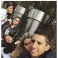 Marquinhos et sa fiancée Carol - photo issue du compte Instagram de Marquinhos le 6 avril 2015