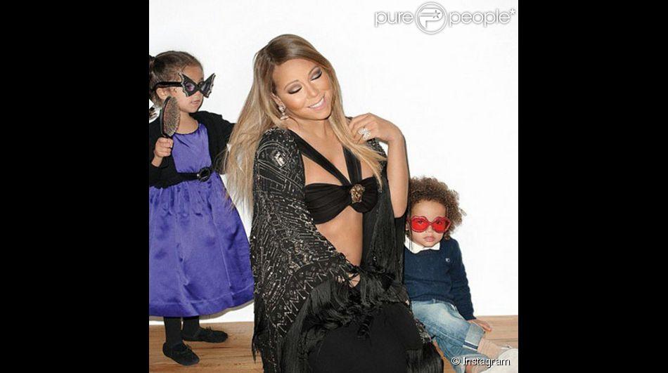 Nick Cannon ajoute une photo de Mariah Carey et les enfants, le 10 mai 2015 sur Instagram