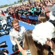 Nico Rosberg et son épouse Vivian, enceinte, à l'issue du Grand Prix d'Espagne sur le circuit de Catalogne, le 10 mai 2015