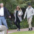Exclusif - Hilary Duff, son père Robert, sa soeur Haylie Duff enceinte d'une petite fille et son fiancé Matt Rosenberg ont pris le petit-déjeuner au Beverly Hills Hotel à Beverly Hills, le 21 décembre 2014.