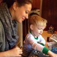 Haylie Duff et Luca, le fils de sa soeur a ajouté une photo à son compte Instagram, le 26 novembre 2014