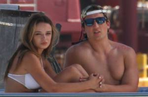 Miles Teller avec sa chérie : In love à la plage, il sauve une femme enceinte