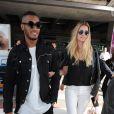 Doutzen Kroes et son mari Sunnery James arrivent à l'aéroport de Nice pour le festival du film de Cannes. Le 12 mai 2015