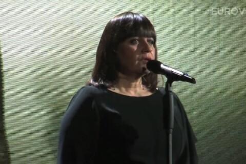 Lisa Angell fait sensation à deux jours de l'Eurovision