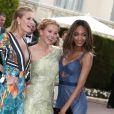 Toni Garrn, Petra Nemcova et Jourdan Dunn arrivent à l'hôtel du Cap-Eden-Roc lors du gala Cinema Against AIDS 22 de l'amfAR. Le 21 mai 2015.