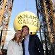 Jérémy Chardy et sa compagne Karen, enceinte, lors de la soirée des joueurs de Roland-Garros, le 21 mai 2015 au premier étage de la Tour Eiffel à Paris