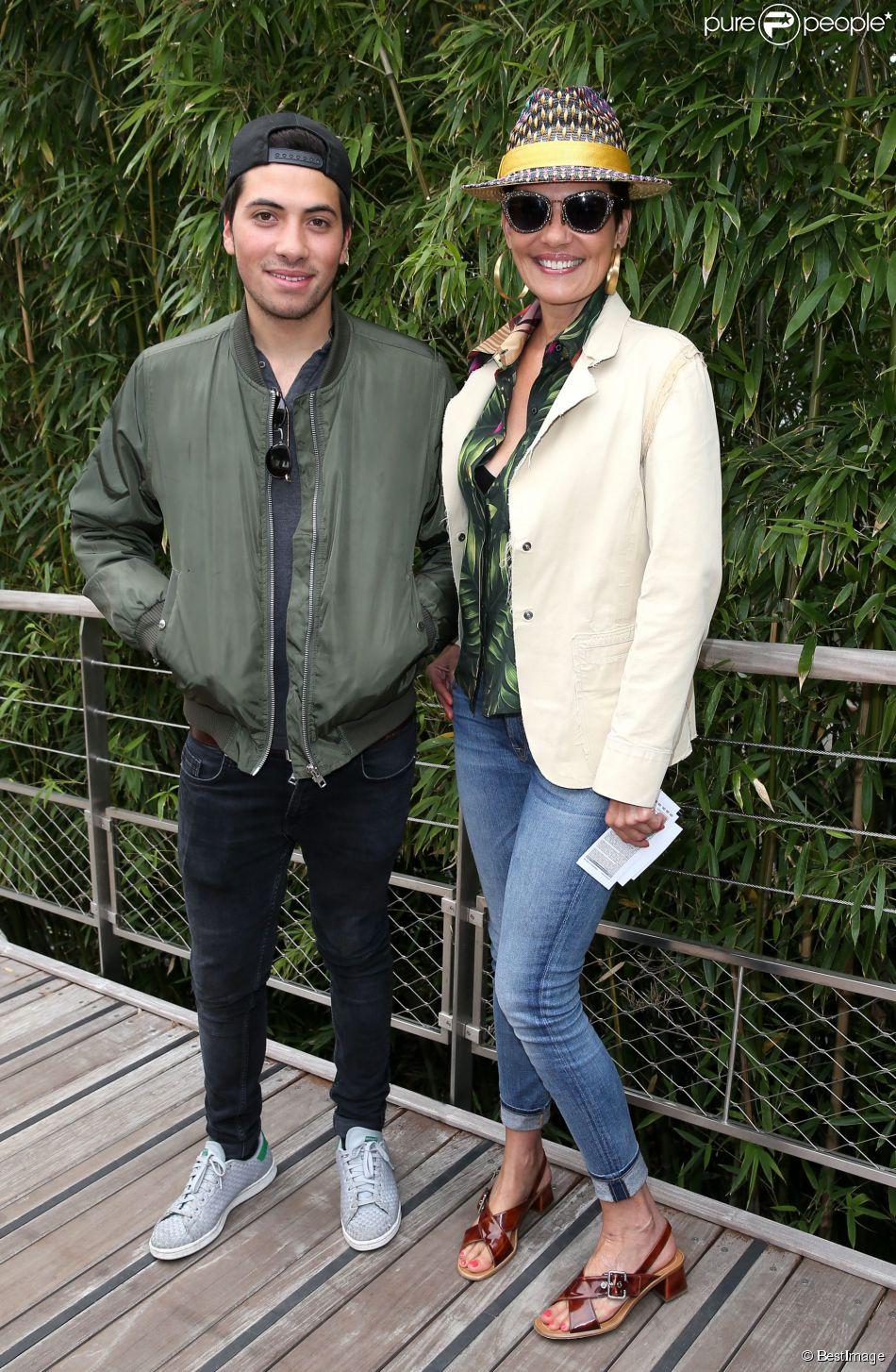 Cristina Cordula et son fils Enzo - Jour 11 - People dans le village lors du tournoi de tennis de Roland Garros à Paris le 3 juin 2015.