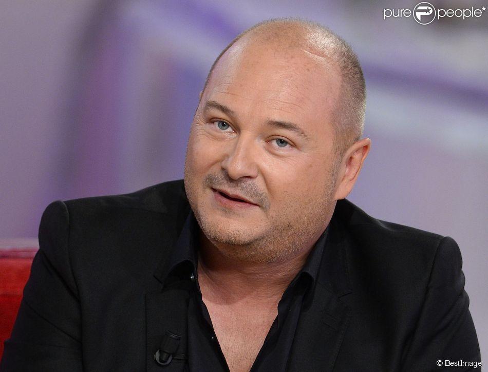 Cauet à l'enregistrement de Vivement Dimanche, émission diffusée le 3 mai 2015.