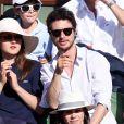 Jérémie Elkaïm et sa compagne Anaïs Demoustier dans les tribunes de Roland-Garros lors de la finale homme, le 7 juin 2015 à Paris