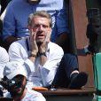 Lambert Wilson dans les tribunes de Roland-Garros lors de la finale homme, le 7 juin 2015 à Paris