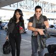 Lionel Richie et sa petite amie Lisa Parigi arrivent à l'aéroport de LAX à Los Angeles, le 7 novembre 2014