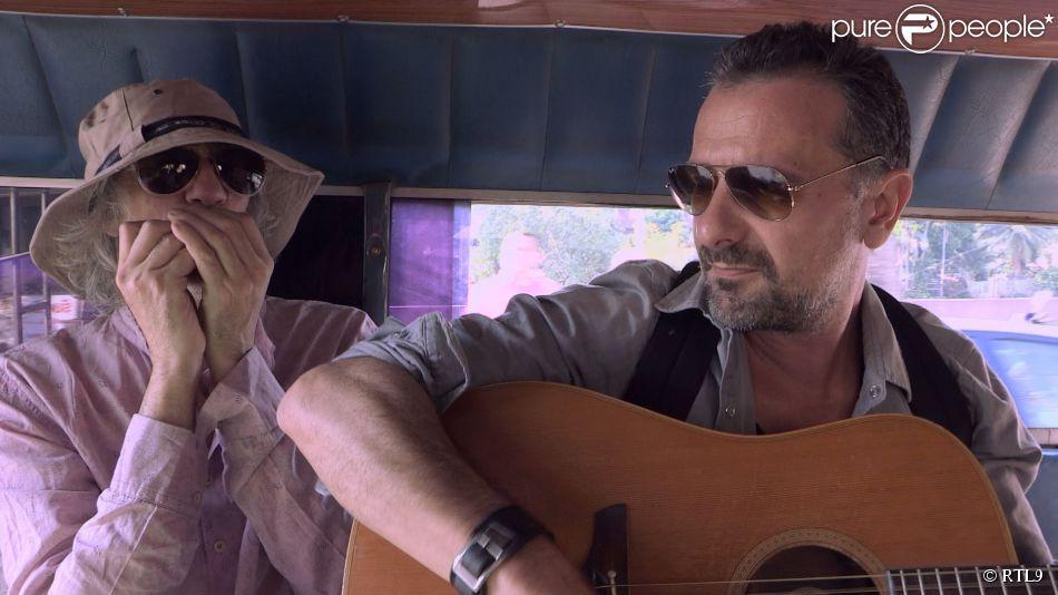 Louis Bertignac � Bangkok (Tha�lande) dans le cadre de l'�mission  A la roots . Sur RTL9, le dimanche 21 juin � 19h30.