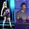 Taylor Swift en concert à Cologne, le 19 juin 2015 / Calvin Harris au festival Lollapalooza à Chicago. Août 2014.