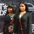 Carol et Onika Maraj (Nicki Minaj) lors des BET Awards 2015 au Microsoft Theater. Los Angeles, le 28 juin 2015.
