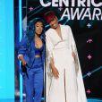 Keyshia Cole et Monica lors des BET Awards 2015 au Microsoft Theater. Los Angeles, le 28 juin 2015.