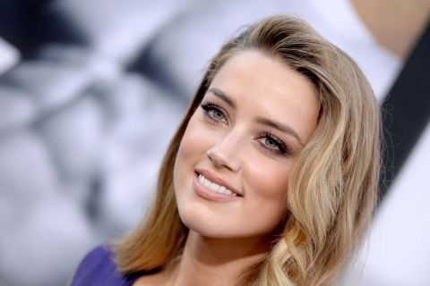 Amber Heard néo nude : Un make-up à reproduire d'urgence