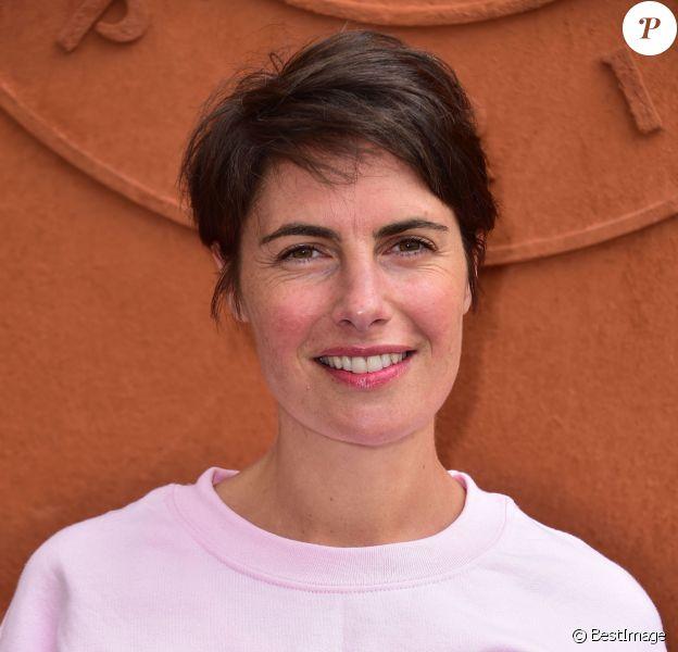 Alessandra Sublet - People au village des Internationaux de France de tennis de Roland Garros à Paris. Le 26 mai 2015.